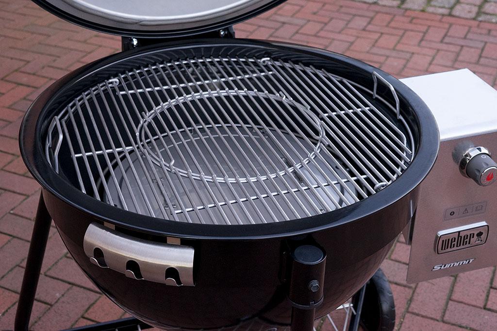 Weber Holzkohlegrill Inbetriebnahme : Weber pulse smartgrill alle infos zum innovativen lifestyle grill
